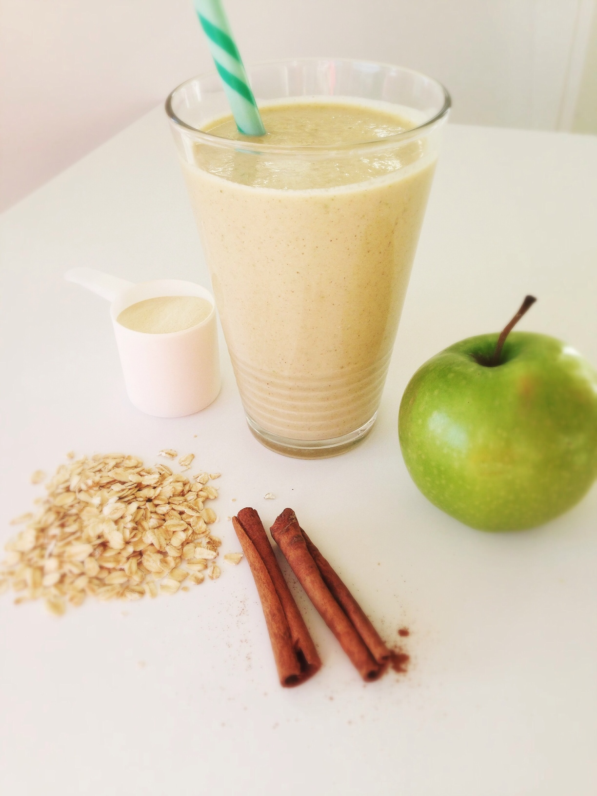 Apple-Cinnamon-Smoothie